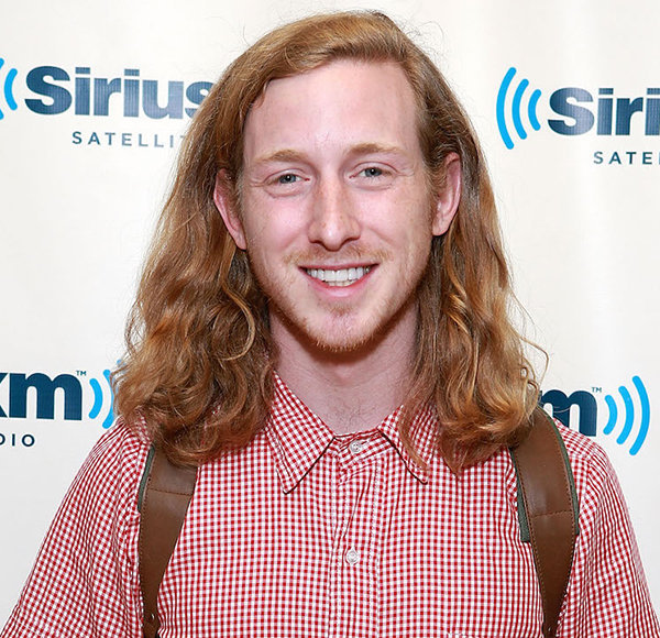 """Who Is Asher Roth: Facts On """"I Love College"""" & """"Party Girl"""" Singer"""