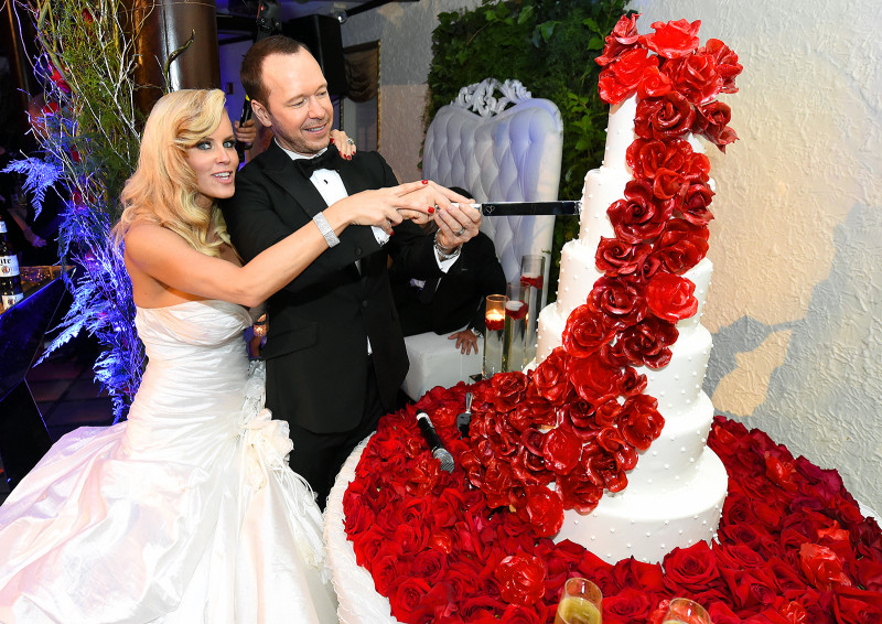 kimberly fey and donnie wahlberg divorced husband of 9