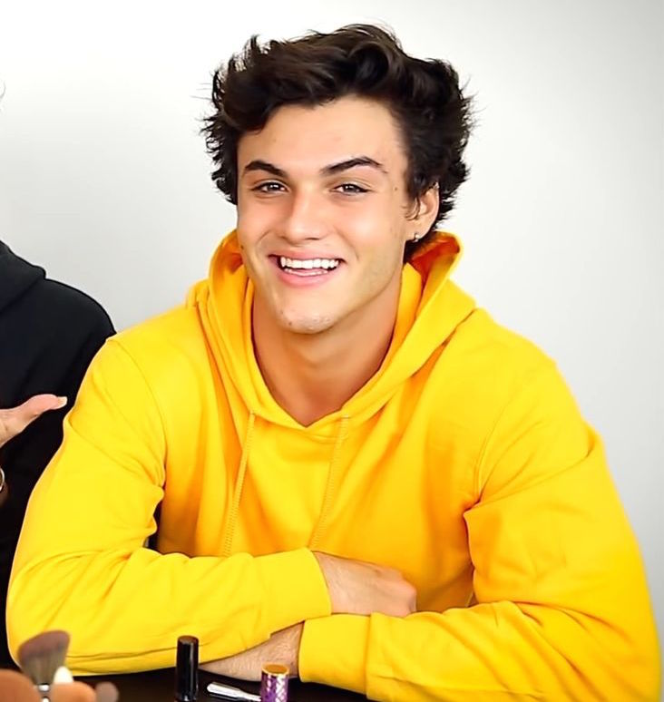 Ethan Dolan Single, Fabolous Or In Look Out For Girlfriend? Answer You Didn't Expect