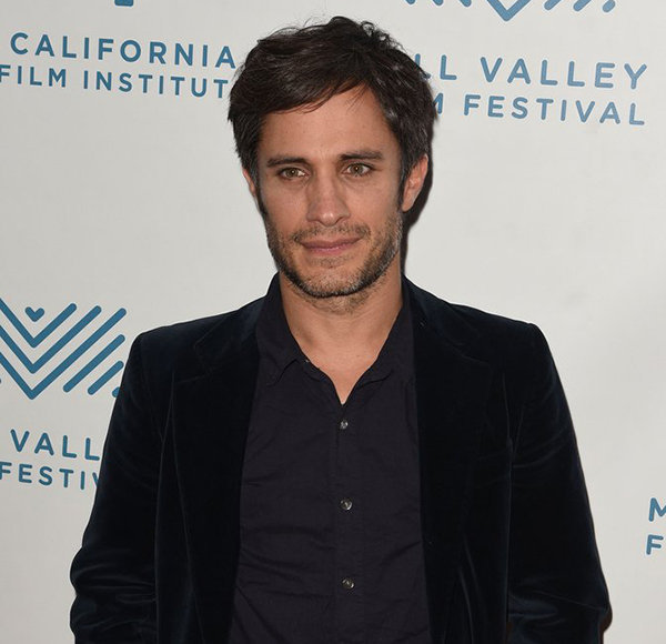 Gael García Bernal Never Had Wife! Romance With Girlfriend – And It's New