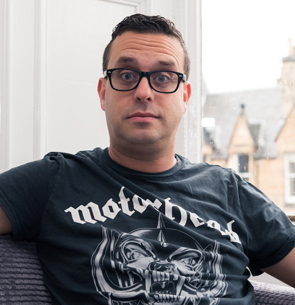 Joe DeRosa Would Shower With Guy. Is He Gay Or Married?