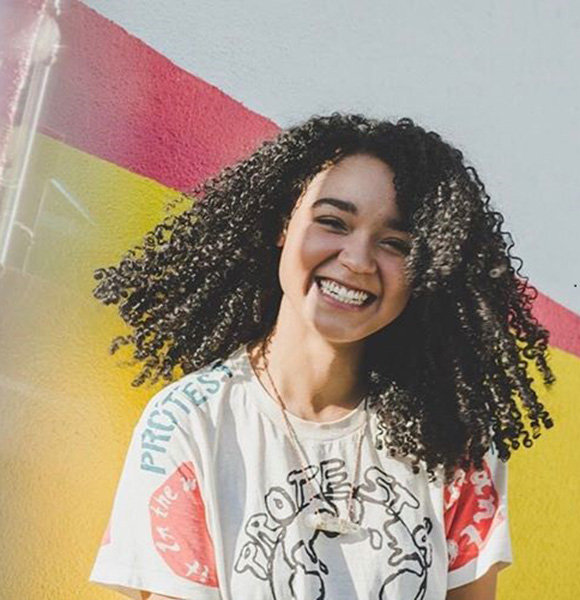 Aisha Dee Height, Parents, Gay, Net Worth