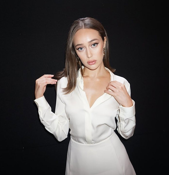 Is The 'Fear Of The Walking Dead' Actress Alycia Debnam-Carey Single? What Is Her Sexuality