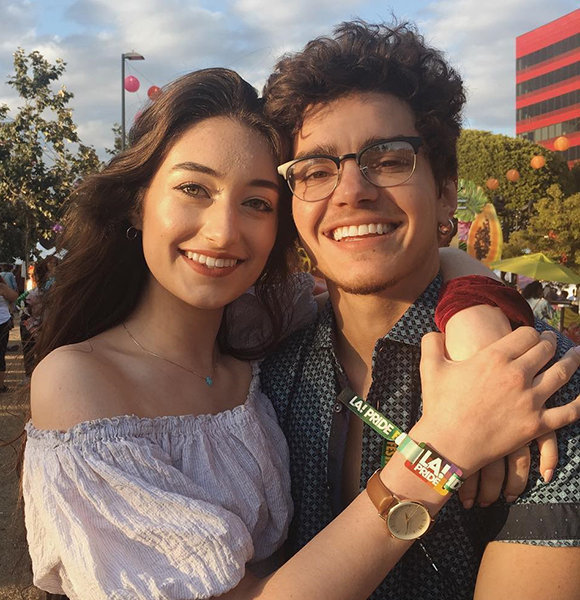 Elliot Fletcher Is Dating! Girlfriend Calls Him Gay But That's Merely A Problem