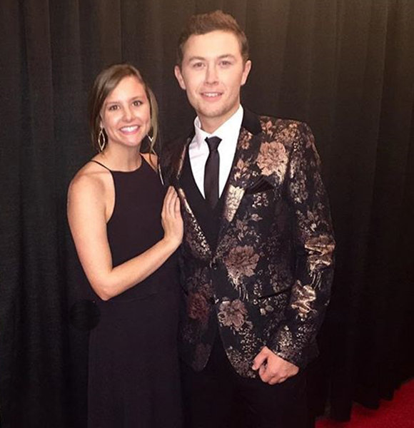 When did scotty mccreery and lauren alaina start dating