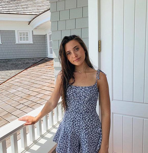 Hannah Meloche Boyfriend, Family, Net Worth