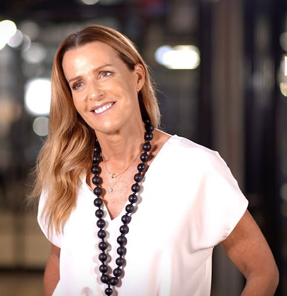 India Hicks With Five Children & Husband Like Figure! Bit Of Royalty, Lot Of Love