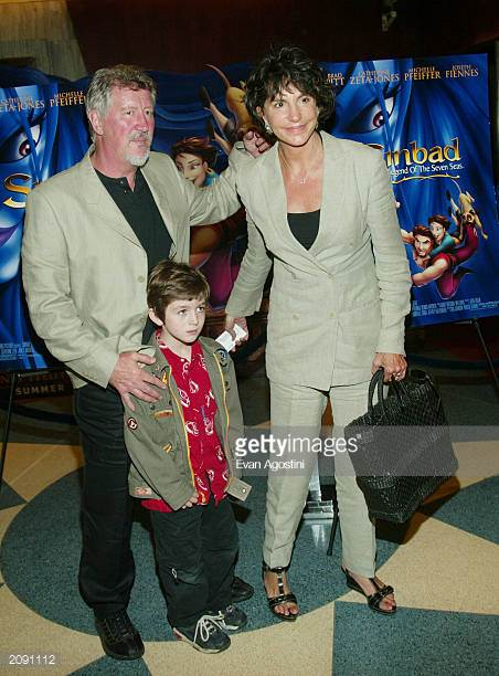 Mercedes Ruehl Husband Now Incredible Family Story With Adoption