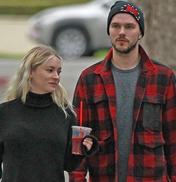 Nicholas Hoult & Model Girlfriend Secretly Welcomes Baby ...