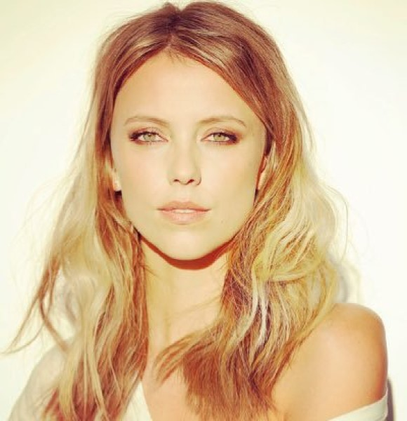 Riley Voelkel Real Life Dating Status | Her Family Details, Height