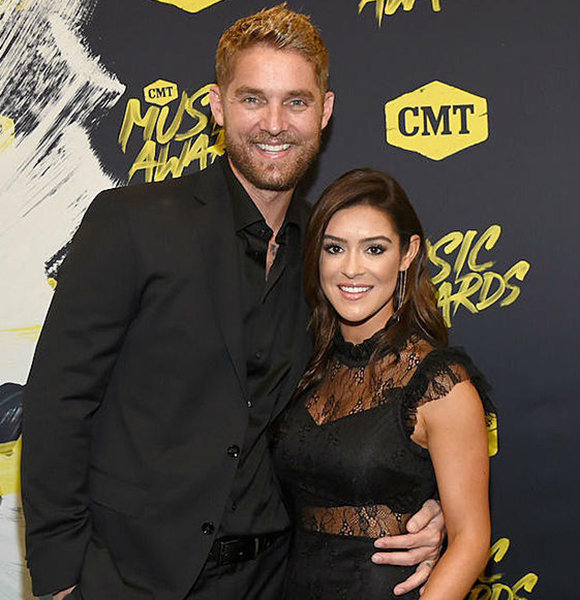 Taylor Mills Age 31 Is Married, Intimate Wedding Ceremony With Brett Young!