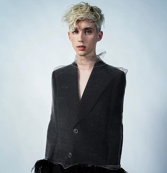 Openly Gay Troye Sivan Dating Status In 2020, Who Is His Boyfriend?