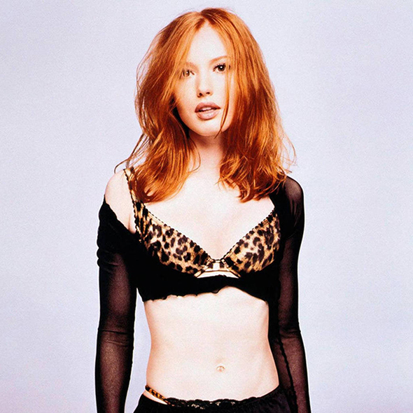 Will Alicia Witt Walk Down The Aisle For Husband Anytime Soon? Looking For A Boyfriend Or Satisfied With Career
