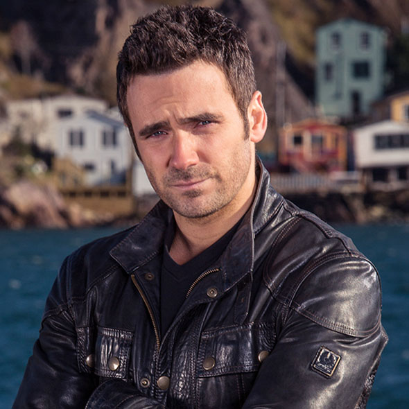 Wondering About Allan Hawco's Married Life: Explore More About His Wife, Net Worth And Bio