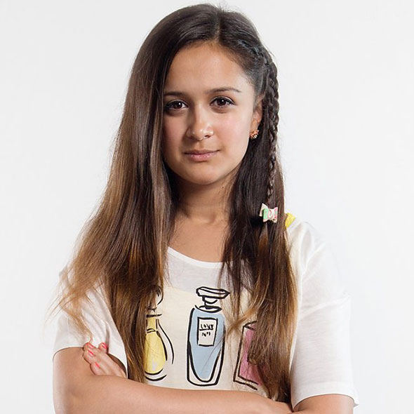 The Teenager, EastEnders' Star Amy-Leigh Hickman Dating a Boyfriend Onscreen, Secretly Dating On Reality!
