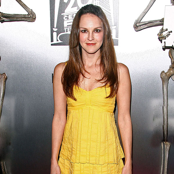 Beautiful Actress Carla Gallo: Is She Dating Someone? Boyfriend Or Is she Secretly Married? Husband?