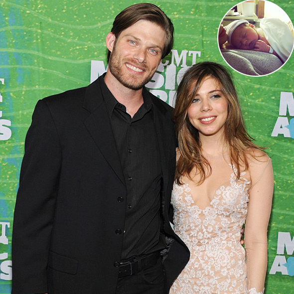 The Nashville's Chris Carmack Set for a New Relationship as he Welcomes a Daughter with his Soon-to-be Wife Erin