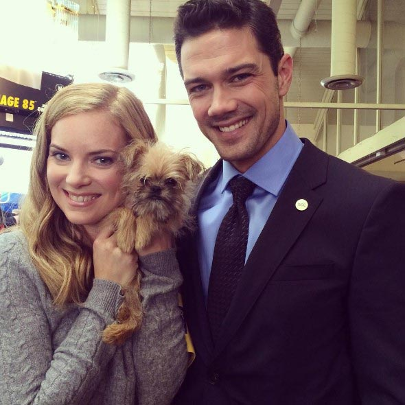 Cindy Busby's Dating With Loving Boyfriend: Makes Dinner While She is At Work