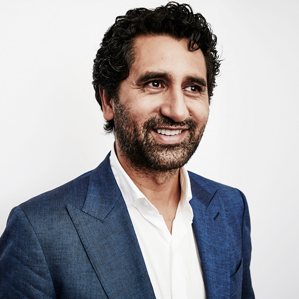 Cliff Curtis Let Everybody Know That He Got Married But Decides To Stay Low-Key On Their Information