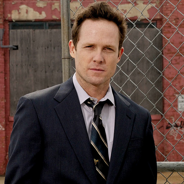 Has Dean Winters Made Any Woman His Wife Or Are The Fan Speculated Gay Rumors True?