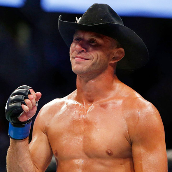 Playing A Match After Brutal Eye Injury, Donald Cerrone Is All Pumped To Grab The UFC Gold On Next Fight