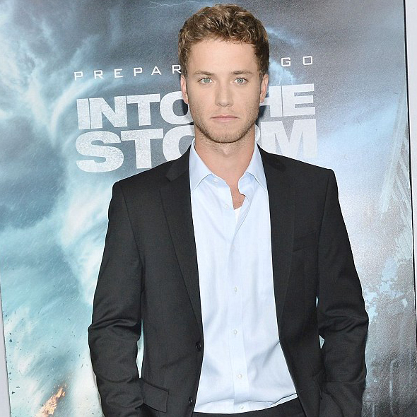 Jeremy Sumpter Declared His Engagement With Girlfriend Via Instagram And Recently Made Another Announcement; Getting Married?
