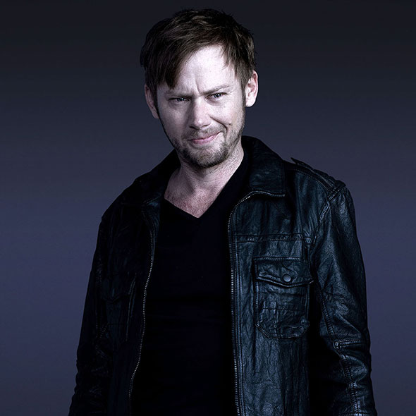 Jimmi Simpson And His Happily Ended Married Life; Has A Girlfriend Or Metaphorically Dating His Career?