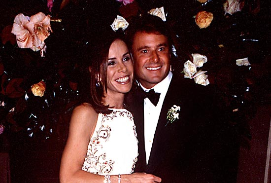 4 Caption John Endicott And Melissa Rivers On Their Wedding