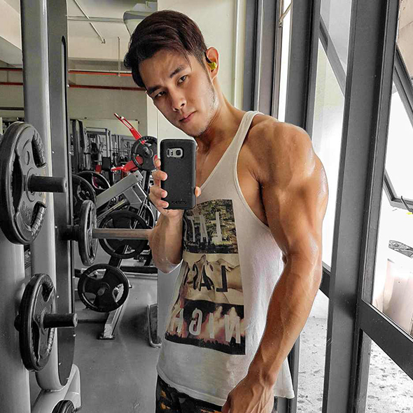 Jordan Yeoh Fitness Routine Made Him The Hottest Fruit Seller; Learn His Workout Tips Here