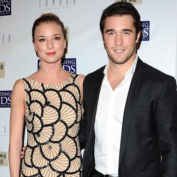 """Revenge"" Co-Star Josh Bowman & Emily Vancamp Got Married ...