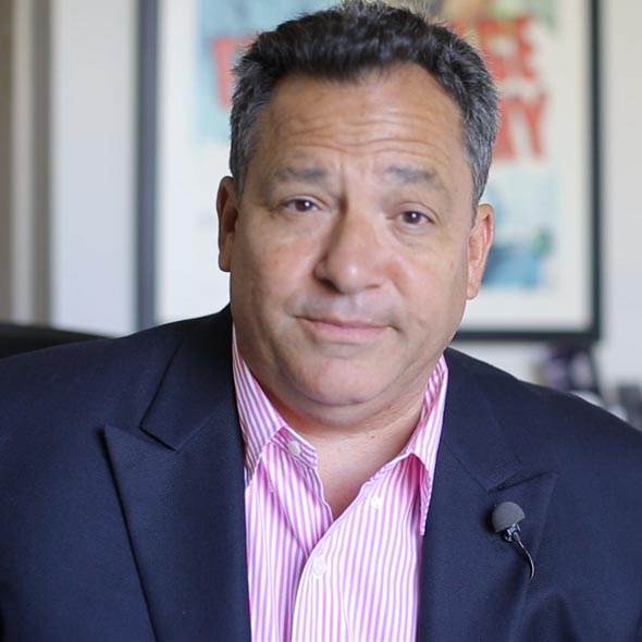 Josh Mankiewicz, Married At the Age of 60: First Met Future Wife at T.S.A Line, Interesting Dating Story
