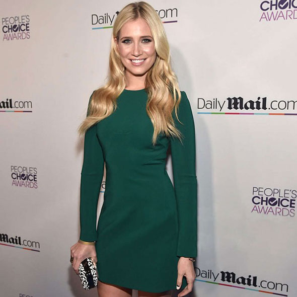 Beautiful Sports Reporter Kristine Leahy: Neither Married Nor Dating a Boyfriend, Where is She Now?
