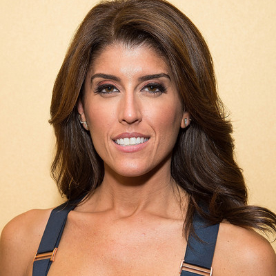 Lauren Scala Welcomed Her Sister-in-Law in May 2016. Is it Lauren's Turn to Get Married? Does She Have Any Boyfriend?