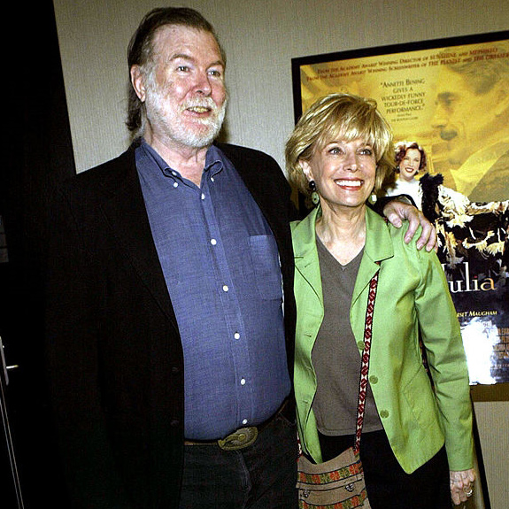 Mixed-Media Marriage of Lesley Stahi With Her Husband, Her Daughter And Cancer Issue