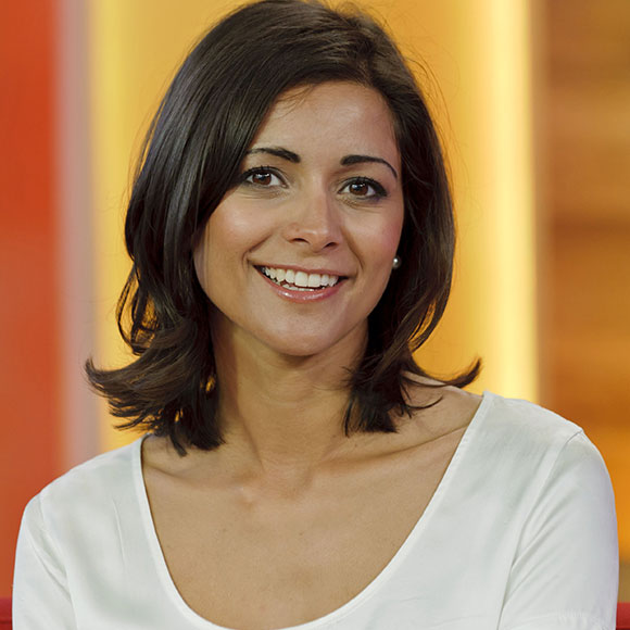 Lucy Verasamy: Is Dating? Who is her Boyfriend? Or Is She Secretly Married? Husband?