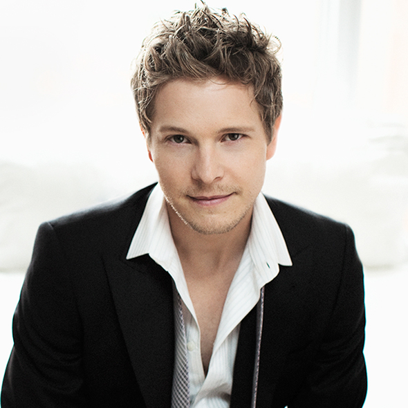 Matt Czuchry Stays Away From Relationship After Dating Many Beautiful Women