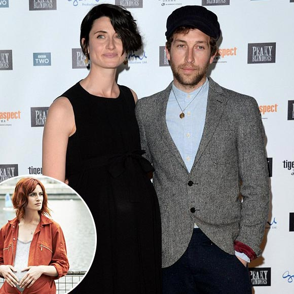 Natasha O'Keeffe, Pregnant for the First Time: Boyfriend-Turned-Husband by Her Side