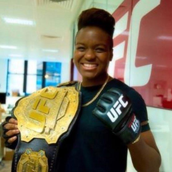 Proud Parents of Boxer Nicola Adams: New Career After Rio? Openly Bisexual, Boyfriend?