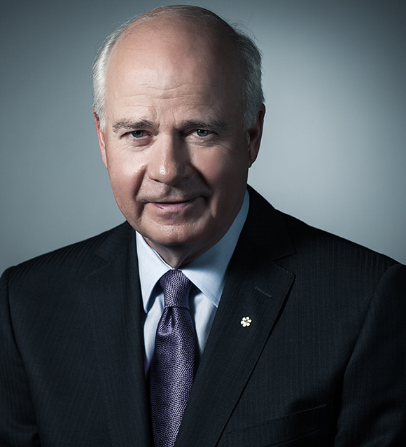 Get to Know All About News Anchor Peter Mansbridge's Two Divorces And His Married Life With His Present Wife and Children