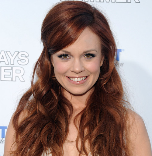 Stunning Actress Rachel Boston Looking For Husband? or Is She Secretly Dating a Boyfriend?