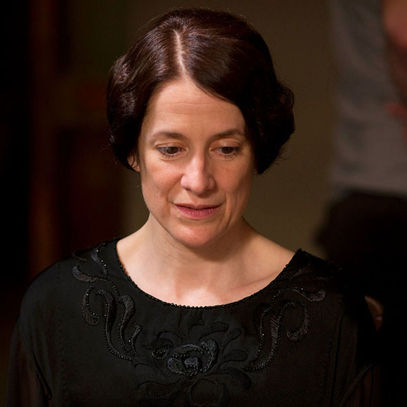 English Actress Raquel Cassidy: Neither Married Nor Lesbian, Has Secret Husband or Partner?