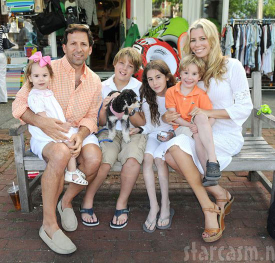 Caption: Reid and Aviva Drescher with their kids (from left) Sienna, Harrison, Veronica and Hudson shopping in Southampton Town of the Hamptons Suffolk ...