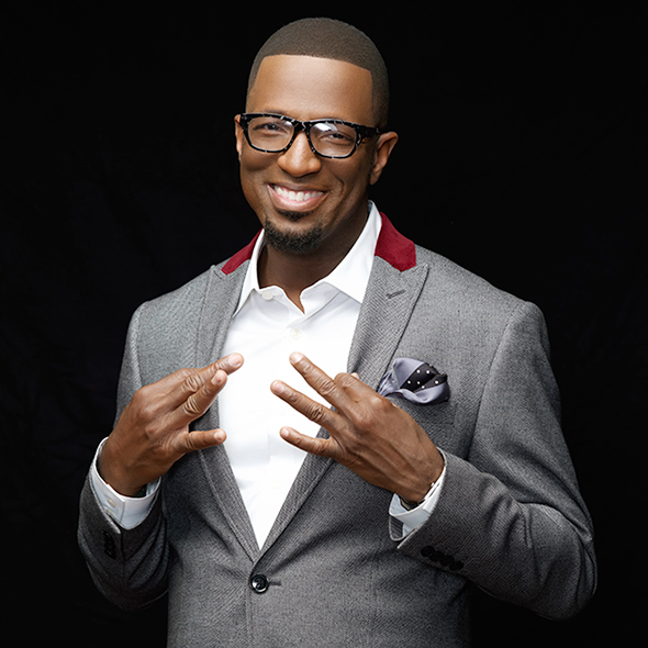 Comedian Rickey Smiley: Why is He Not Married Yet? Too Busy Or Just Waiting for Perfect Wife?