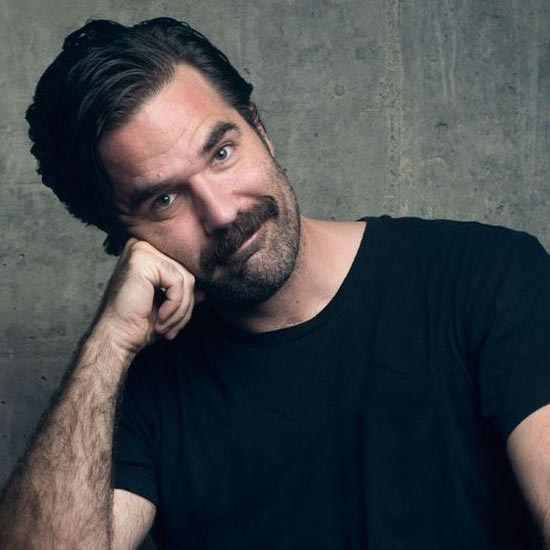 Stand-Up Comedian Rob Delaney's Wife: Funniest Person For Him. Meet the Family of Five