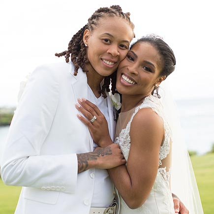 Diana Taurasi Wedding.Being Openly Gay Seimone Augustus Married In 2015 With Her