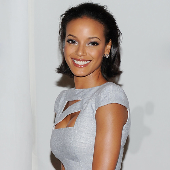 Beautiful Model Selita Ebanks' Family: Is She Dating Someone? Or Has a Husband?