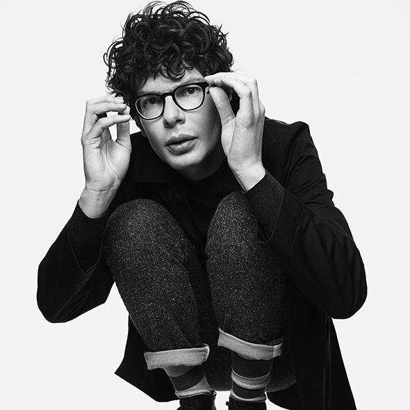 Stand Up Comedian Simon Amstell Opens Up About being Gay, So Who's His Boyfriend/Partner?