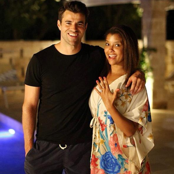 tv presenter steve jones married with his wife twice two