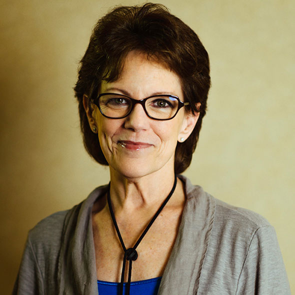"""Susan Bennett Claims She Is """"Siri"""" And But Does Apple Offer A Huge Salary? Enjoying A Happy Married Life?"""