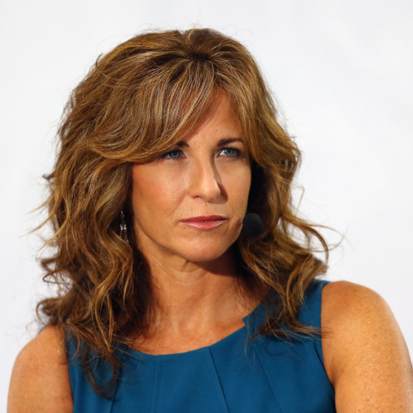 ESPN's Suzy Kolber Got Pregnant At The Age of 44! Her Married Life, Boyfriend-Turned-Husband?